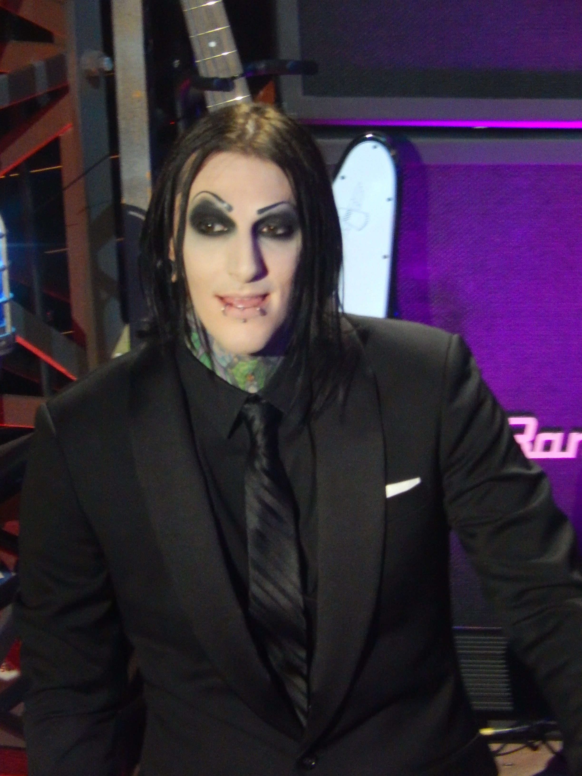 Young Chris Motionless Pin by Ciahra Vampahra...